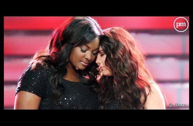 """Candice Glover et Kree Harrison lors de la finale d'""""American Idol"""""""