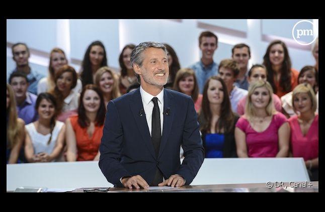 """Libération tacle le nouveau """"Grand Journal de Canal+"""""""