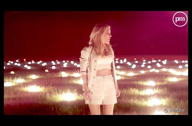 """Ellie Goulding en tête des ventes au Royaume-Uni avec """"Burn"""""""