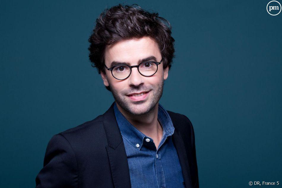"""Thomas Isle (""""La Quotidienne"""") est en interview sur puremedias.com"""