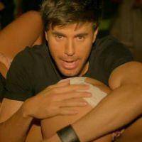 Clip : Enrique Iglesias et Pitbull en pleine soirée arrosée dans