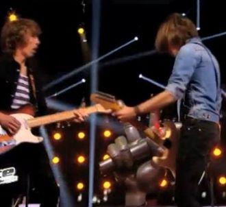 Roman et Flo mettent le feu à la scène de 'The Voice' 2014