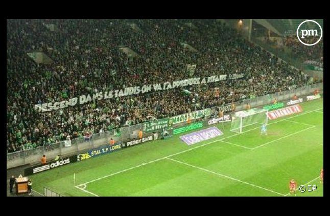 La banderole déployée samedi 21 décembre dans le stade Geoffroy-Guichard