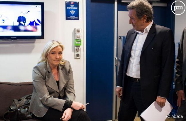 Jena-Jacques Bourdin et Marine Le Pen, le 23 mars 2015 à Paris.