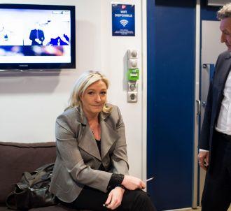 Jena-Jacques Bourdin et Marine Le Pen, le 23 mars 2015 à...