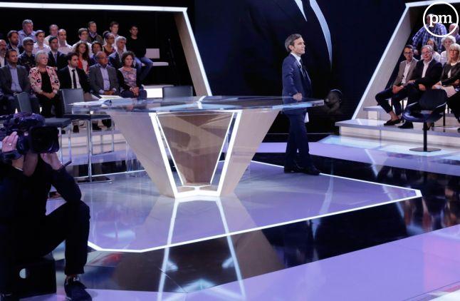 """""""L'émission Politique"""", France 2."""