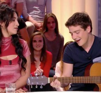 Martin Weill chante avec Camélia Jordana