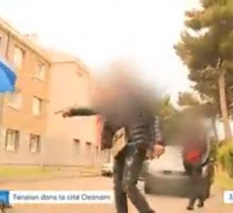 Des journalistes agressés par des jeunes d'un quartier de...