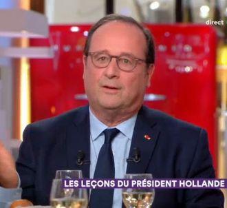François Hollande invité de 'C à vous'