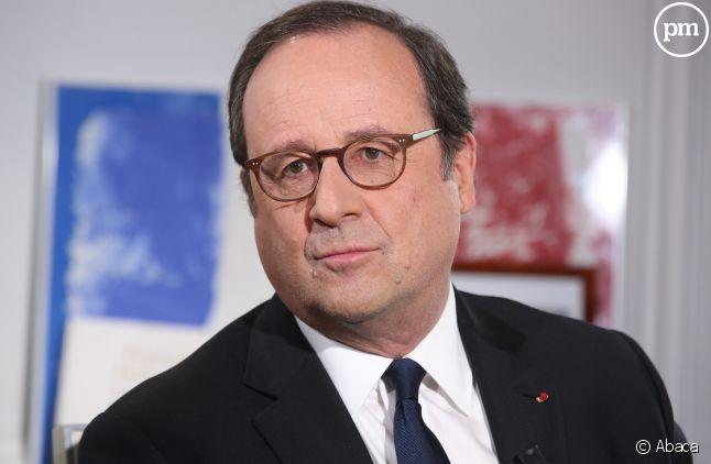Bretagne: La dédicace de François Hollande dans un Leclerc déchaîne la Toile