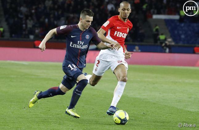 Le Paris Saint-Germain, champion de Ligue 1 et son dauphin Monaco