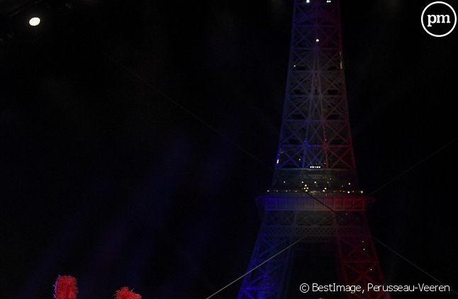 Les danseuses du Moulin Rouge, Marie-Sophie Lacarrau et Stéphane Bern