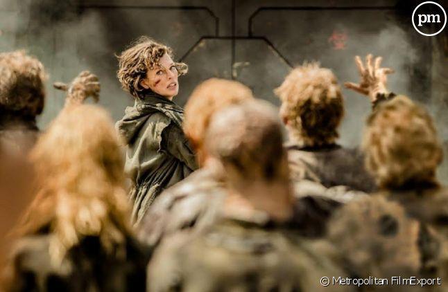 """Milla Jovovich dans """"Resident Evil"""" au cinéma"""