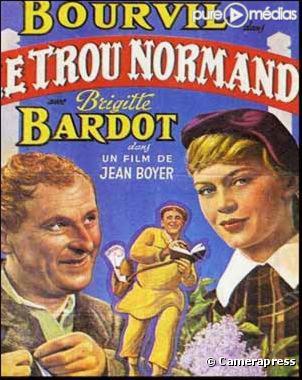 JOHAN LE PROVENCAL  794818-affiche-le-trou-normand-diapo-1