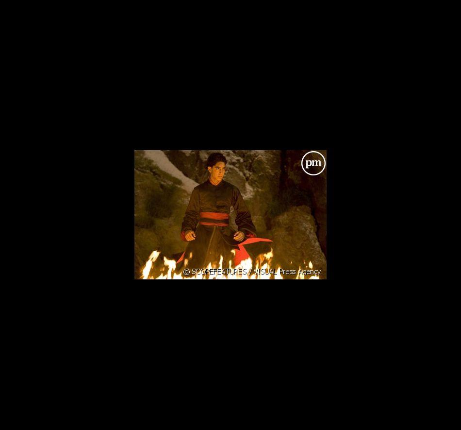 """Dev Patel dans """"The Last Airbender : le dernier Maître de l'Air"""""""