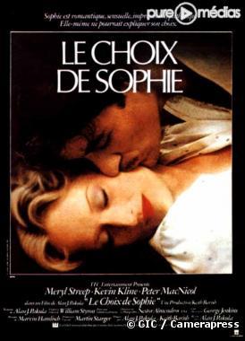 http://static1.ozap.com/movies/6/73/55/6/@/793256-affiche-le-choix-de-sophie-diapo-1.jpg