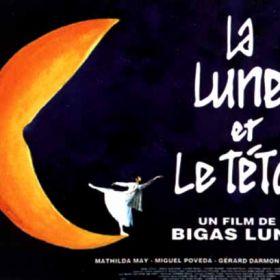 La Lune Et Le Teton