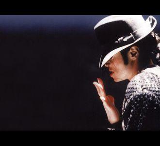 Michael Jackson est mort le jeudi 25 juin 2009.