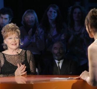 Line Renaud et Alexandra Kazan dans 'La Reine Sylvie' sur...