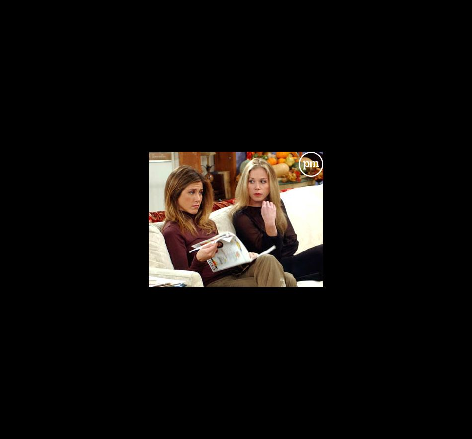 "Jennifer Aniston et Christina Applegate dans ""Friends"""
