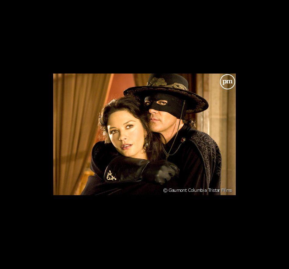 """Catherine Zeta-Jones et Antonio Banderas dans """"La Légende de Zorro""""."""