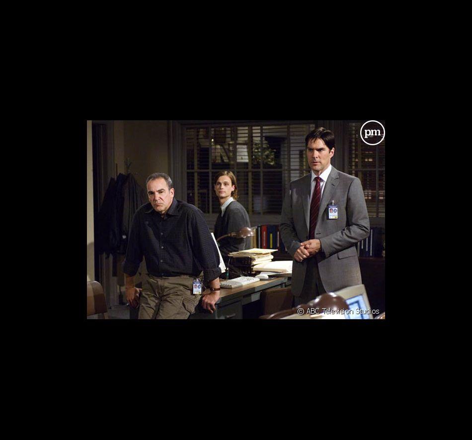 "Mandy Patinkin, Matthew Gray Gubler et Thomas Gibson dans ""Esprits Criminels"""