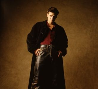 David Boreanaz dans la série 'Angel'. Sexy le vampire non ?