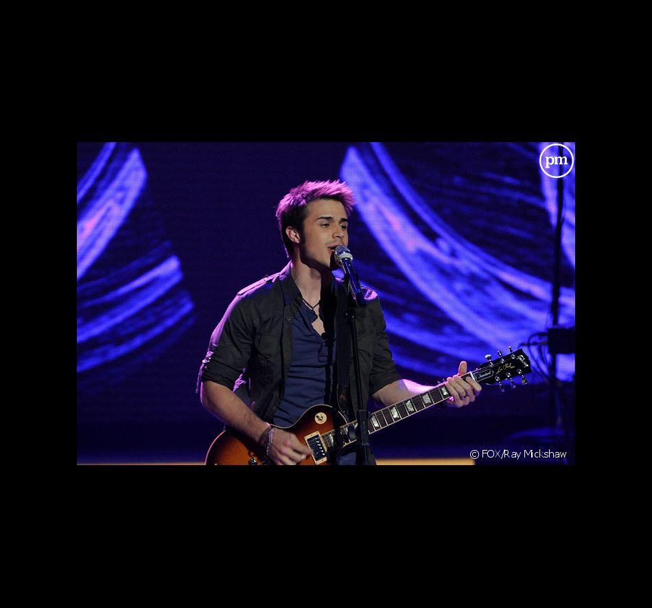 Kris Allen sur le plateau d'American Idol