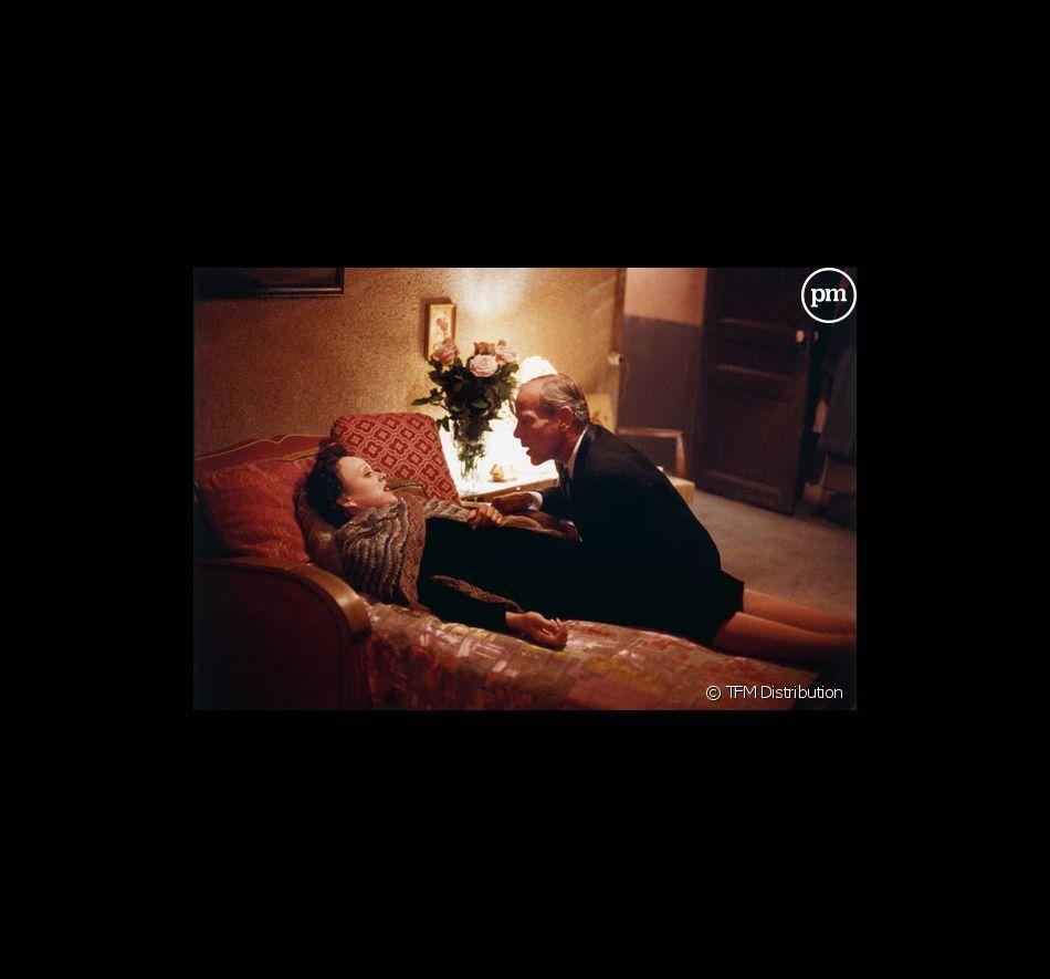 """Marion Cotillard et Pascal Greggory dans """"La Môme""""."""