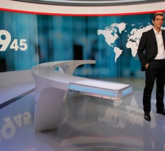 Xavier de Moulins présente le '19.45' sur M6