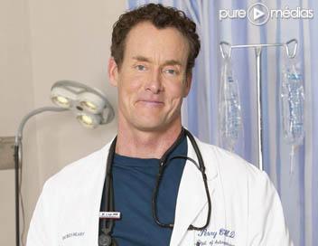 Ryan Reynolds Scrubs on John C  Mcginley Dans  Scrubs    Photo