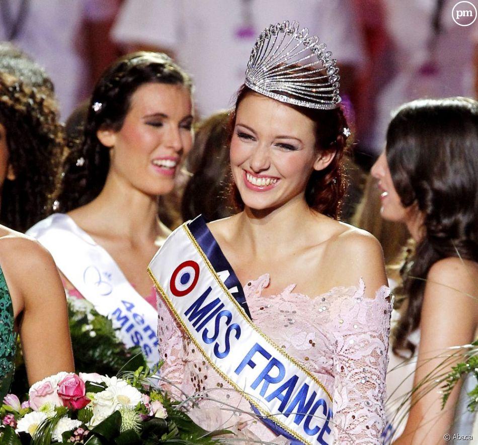 Delphine Wespiser vient d'être élue Miss France 2012.<br />