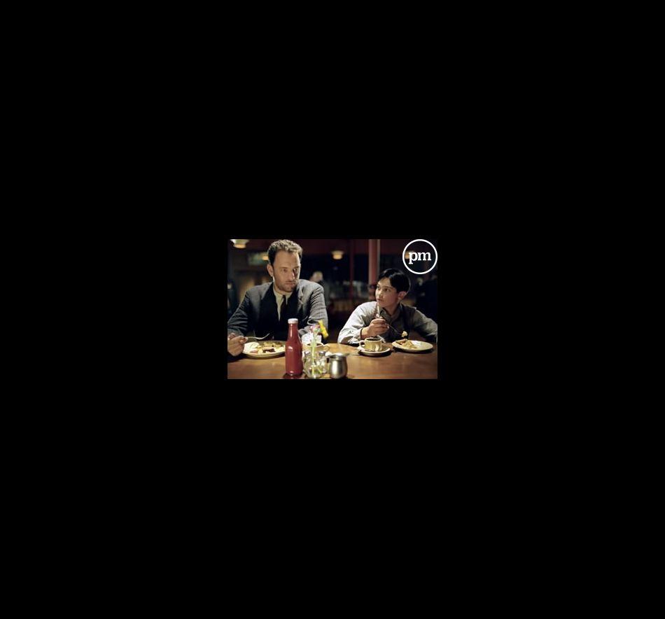 """Tom Hanks (Michael Sullivan), Tyler Hoechlin (Michael Sullivan Jr.) dans """"Les sentiers de la perdition"""""""