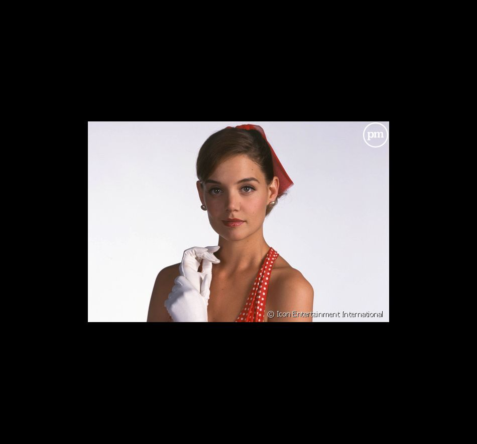 "Katie Holmes dans ""The Singing Detective""."