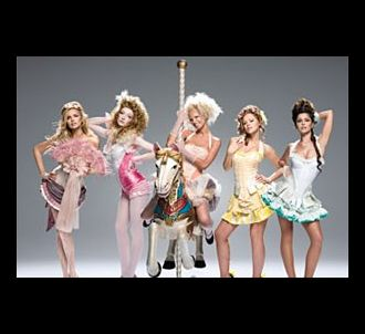 Les Girls Aloud sur la pochette du single 'Can't Speak...