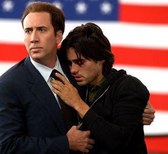 Nicolas Cage prend les armes pour Lord of war avec un...