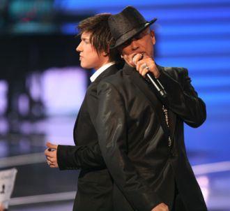 Quentin, avec Pascal Obispo, lors de la finale de la Star...