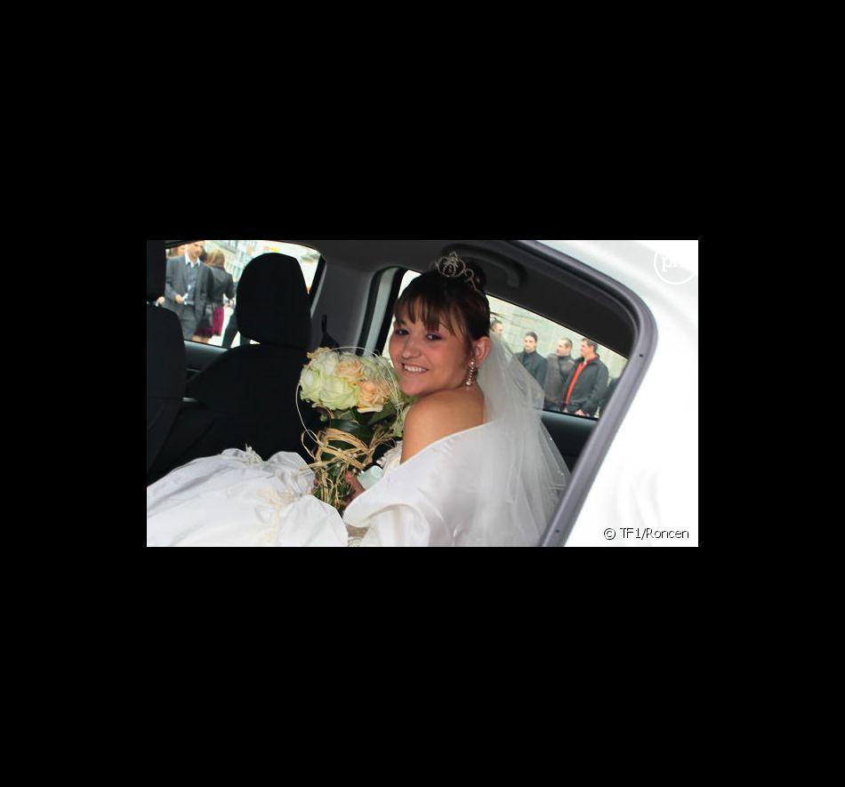 """Stéphanie dans la première saison de """"4 mariages pour 1 lune de miel"""""""