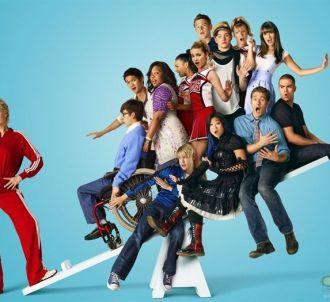 Le cast de Glee sur une affiche de promotion de la saison 2