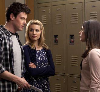 Finn, Quinn et Rachel en plein discussion dans les...