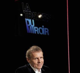 Patrick Poivre d Arvor présente 'La traversée du miroir'...